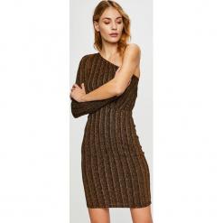 Vero Moda - Sukienka. Brązowe sukienki dzianinowe marki Vero Moda, na co dzień, l, casualowe, mini, dopasowane. W wyprzedaży za 89,90 zł.