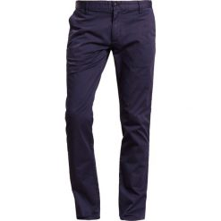 Spodnie męskie: Emporio Armani Chinosy dark blue