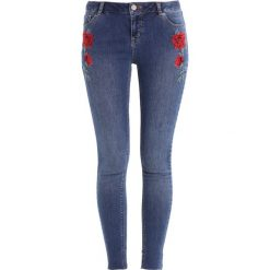 Dorothy Perkins ROSE EMBROIDERED DARCY Jeans Skinny Fit indigo. Niebieskie jeansy damskie marki Dorothy Perkins. W wyprzedaży za 175,20 zł.