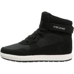 Viking VIGRA GTX Tenisówki i Trampki wysokie black/white. Czarne tenisówki męskie Viking, z materiału. W wyprzedaży za 239,40 zł.