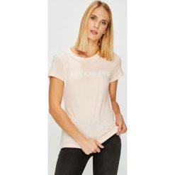 Calvin Klein Jeans - Top. Szare topy damskie marki Calvin Klein Jeans, s, z nadrukiem, z bawełny, z okrągłym kołnierzem. Za 119,90 zł.