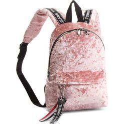 Plecak TOMMY JEANS - Tj Logo Tape Mini Ba AU0AU00341 655. Czerwone plecaki męskie Tommy Jeans, z jeansu, sportowe. Za 399,00 zł.