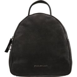 Plecaki damskie: FREDsBRUDER FLUFFY Plecak black