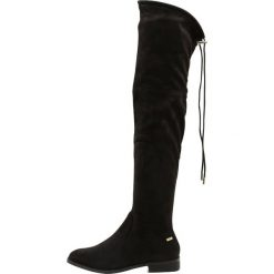 Mtng Muszkieterki black. Czarne buty zimowe damskie mtng, z materiału. W wyprzedaży za 209,30 zł.