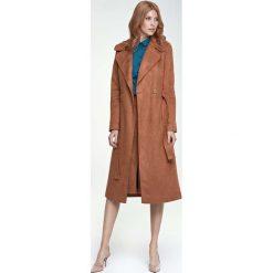 Płaszcze damskie pastelowe: Karmelowy Płaszcz Długi Klasyczny z Paskiem