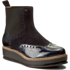 Sztyblety WOJAS - 7573-76 Granatowy. Niebieskie buty zimowe damskie Wojas, z lakierowanej skóry. W wyprzedaży za 259,00 zł.