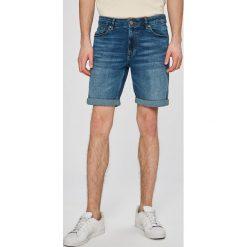 Review - Szorty. Szare spodenki jeansowe męskie Review, casualowe. W wyprzedaży za 99,90 zł.