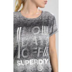 Superdry SPORT FITSPIRATION OMBRE Tshirt z nadrukiem black/white. Czarne t-shirty damskie Superdry, xxs, z nadrukiem, z materiału. Za 169,00 zł.