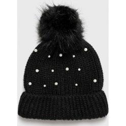 Vero Moda - Czapka. Czarne czapki zimowe damskie marki Vero Moda, na zimę, z dzianiny. Za 59,90 zł.