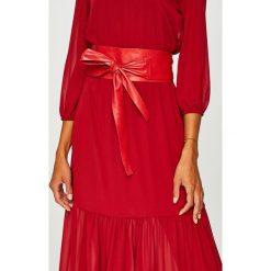 Answear - Pasek skórzany. Czerwone paski damskie ANSWEAR, w paski, z materiału. W wyprzedaży za 59,90 zł.