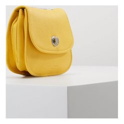 Torebki klasyczne damskie: Liebeskind Berlin PANAMA MINI BAG Torba na ramię sunshine yellow