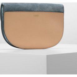 CLOSED CROSSBODY Torba na ramię natural. Szare torebki klasyczne damskie CLOSED. W wyprzedaży za 575,40 zł.