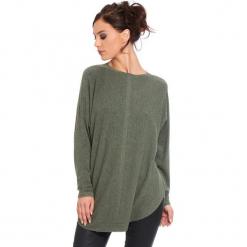 """Sweter """"Fiona"""" w kolorze khaki. Brązowe swetry klasyczne damskie marki Cosy Winter, s, ze splotem, z okrągłym kołnierzem. W wyprzedaży za 181,95 zł."""