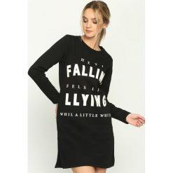 Bluzy damskie: Czarna Bluza Falling