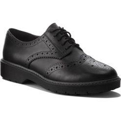Oxfordy CLARKS - Alexa Darcy 261352404 Black Leather. Czarne jazzówki damskie Clarks, ze skóry, na obcasie. Za 399,00 zł.