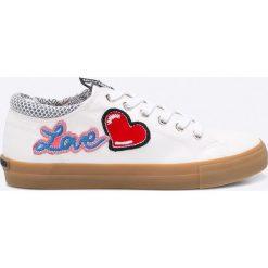 Love Moschino - Tenisówki. Szare tenisówki damskie marki Love Moschino, z materiału. W wyprzedaży za 539,90 zł.