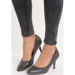 Szare Czółenka Raven. Szare buty ślubne damskie Born2be, ze szpiczastym noskiem. Za 69,99 zł.