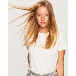 Bluzki, topy, tuniki: Gładki t-shirt z lyocellem - Biały