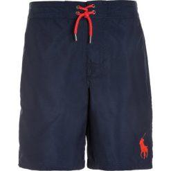 Polo Ralph Lauren SANIBEL Szorty kąpielowe summer navy. Niebieskie spodenki chłopięce Polo Ralph Lauren, z materiału, sportowe. W wyprzedaży za 146,30 zł.