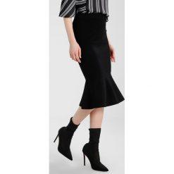 Spódniczki ołówkowe: Karen Millen FLARED SKIRT Spódnica ołówkowa  black