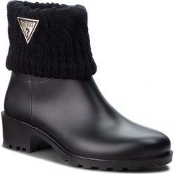 Kalosze GUESS - FLVNT3 RUB09 BLACK. Czarne buty zimowe damskie Guess, z materiału. W wyprzedaży za 349,00 zł.