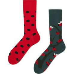 Many Mornings - Skarpety Dots And Bugs. Czerwone skarpetki męskie marki Many Mornings, z bawełny. Za 24,90 zł.