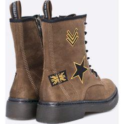 Tamaris - Botki. Szare buty zimowe damskie marki Tamaris, z materiału, na sznurówki. W wyprzedaży za 119,90 zł.