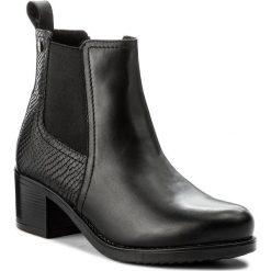 Botki LASOCKI - MELITA-02L Czarny. Czarne buty zimowe damskie Lasocki, z materiału, na obcasie. Za 229,99 zł.