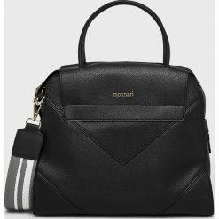 Monnari - Torebka. Czarne torebki klasyczne damskie marki Monnari, w paski, z materiału, średnie. Za 429,90 zł.
