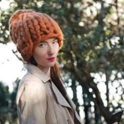 Czapki damskie: czapka BEANIE na drutach w grubym splocie