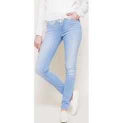 Hilfiger Denim - Jeansy. Niebieskie jeansy damskie rurki marki Hilfiger Denim, z aplikacjami, z bawełny, z podwyższonym stanem. W wyprzedaży za 299,90 zł.