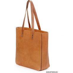 Skórzana carmelowa duża torebka damska. Pomarańczowe torebki klasyczne damskie Pakamera, ze skóry, duże. Za 240,00 zł.