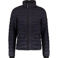 Superdry FUJI TRIPLE ZIP THROUGH Kurtka przejściowa black. Czarne kurtki męskie przejściowe Superdry, m, z materiału. W wyprzedaży za 356,30 zł.