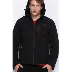 Czarna Kurtka Correlation. Czarne kurtki męskie pikowane marki Born2be, l, z aplikacjami, z dresówki. Za 199,99 zł.
