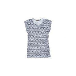 Bluzka klasyczna we wzory. Szare bralety marki TXM. Za 15,99 zł.