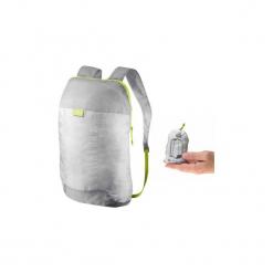 Plecak turystyczny ultra compact 10l. Szare plecaki męskie marki QUECHUA, z materiału. Za 7,99 zł.