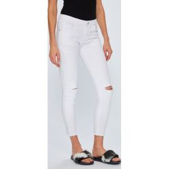 Answear - Jeansy. Szare jeansy damskie rurki marki ANSWEAR, z bawełny. W wyprzedaży za 69,90 zł.