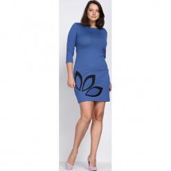 Niebieska Sukienka Echo Arms. Niebieskie sukienki marki Born2be, xl, oversize. Za 24,99 zł.