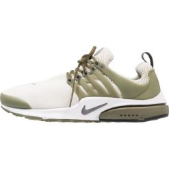 Trampki męskie: Nike Sportswear AIR PRESTO ESSENTIAL Tenisówki i Trampki light bone/dark grey/medium olive/white/black