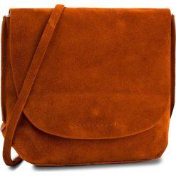 Torebka CLARKS - Tallow Rosa 261354370  Burnt Orange. Brązowe listonoszki damskie Clarks, ze skóry. W wyprzedaży za 199,00 zł.