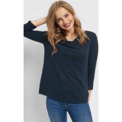 Dzianinowa koszulka basic. Brązowe bluzki asymetryczne marki Orsay, s, z dzianiny. Za 59,99 zł.