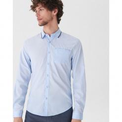 Koszula z ozdobnym detalem - Niebieski. Niebieskie koszule męskie House, l. Za 69,99 zł.