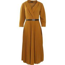 Camelowa Sukienka Conformation. Brązowe sukienki hiszpanki Born2be, m, midi. Za 109,99 zł.