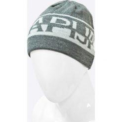 Napapijri - Czapka. Szare czapki zimowe męskie marki Napapijri, na zimę, z nadrukiem, z dzianiny. W wyprzedaży za 129,90 zł.