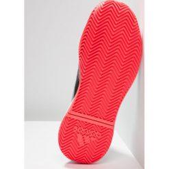 Adidas Performance ADIZERO DEFIANT BOUNCE Obuwie do tenisa Outdoor core black/footwear white/flash red. Czarne buty do tenisa męskie adidas Performance, z materiału. Za 419,00 zł.