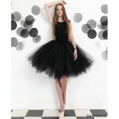 Teen - Tiulowa Sukienka dla Nastolatki Black. Czarne sukienki dziewczęce dzianinowe Pakamera. Za 599,00 zł.