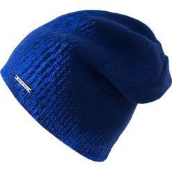 Czapka damska Błyszcząca kaskada niebieska. Niebieskie czapki zimowe damskie Art of Polo. Za 66,01 zł.