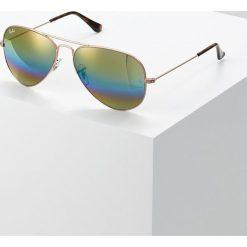RayBan AVIATOR Okulary przeciwsłoneczne bronze/copper light grey rainbow. Brązowe okulary przeciwsłoneczne damskie aviatory marki Ray-Ban. Za 669,00 zł.
