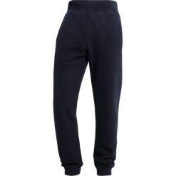 Napapijri MACAU Spodnie treningowe blu marine. Szare spodnie dresowe męskie marki Napapijri, l, z materiału, z kapturem. Za 389,00 zł.