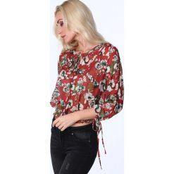 Bluzki damskie: Bluzka cienka w kwiaty ruda MP28546